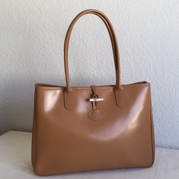 a7afe1bb218 Longchamp Handbags - Longchamp Roseau Brown Large Leather Tote